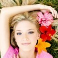 Девушка с цветами в волосах - Girl with flowers in her hair