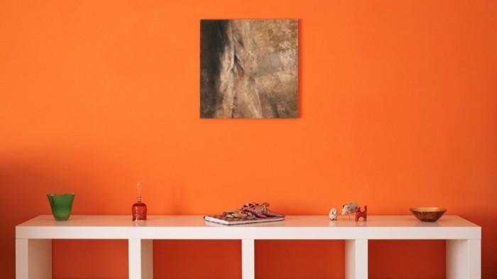 hanging painting 700x393 Дизайн полки   Design shelf