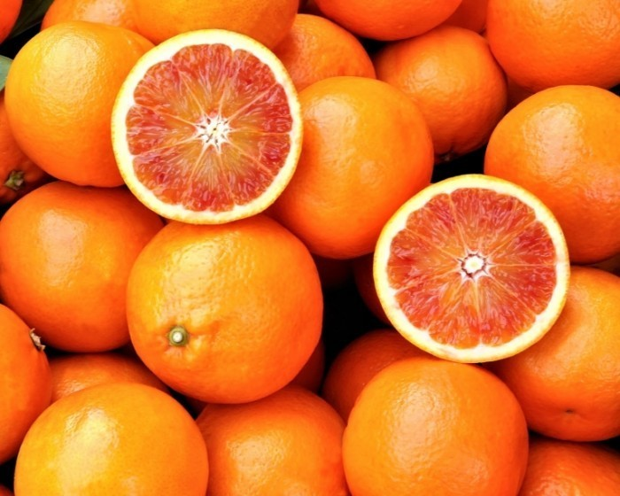 shutterstock 126327326 700x560 Грейпфрут   Grapefruit