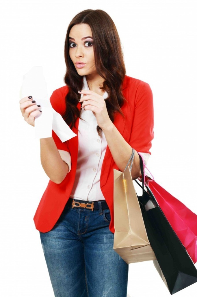 shutterstock 133071263 682x1024 Девушка на шопинге   Girl on shopping