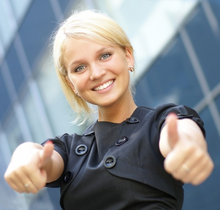 shutterstock 65652754 700x670 Девушка с жестом класс   Girl with a gesture of class
