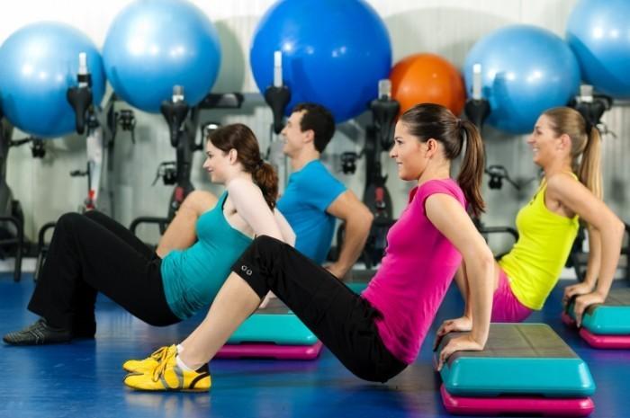 shutterstock 79904314 700x465 Фитнес тренировка   Fitness training