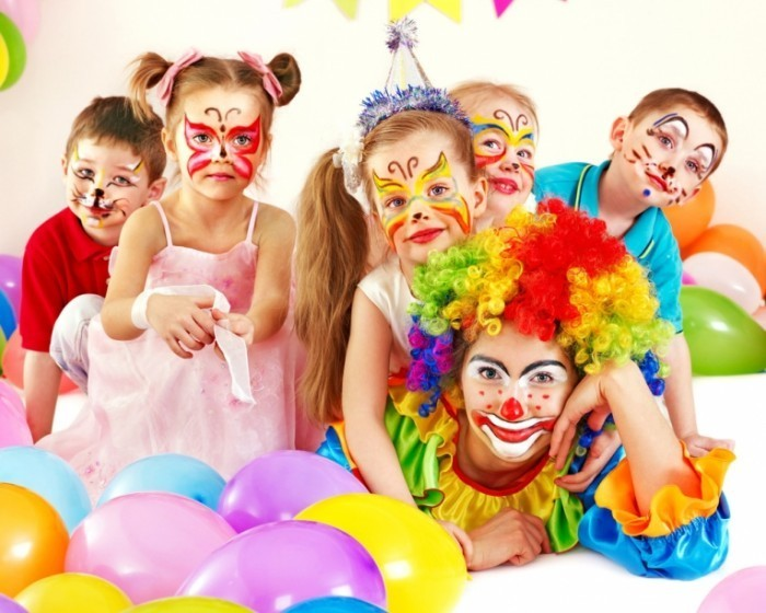shutterstock 98049164 700x560 Детский праздник   Childrens Holiday