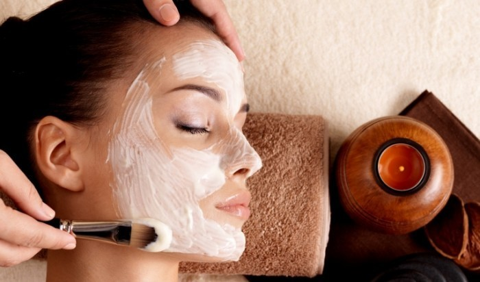 Fotolia 49737046 Facial1 700x412 Косметология   Cosmetology