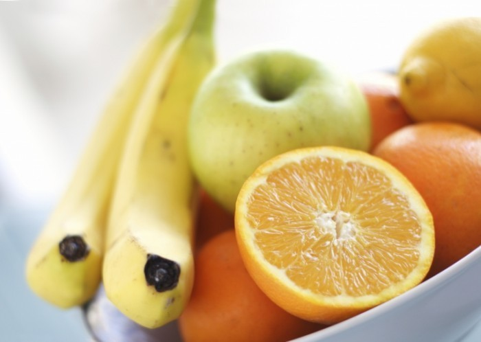 iStock 000001188916Large 700x498 Фрукты   Fruits