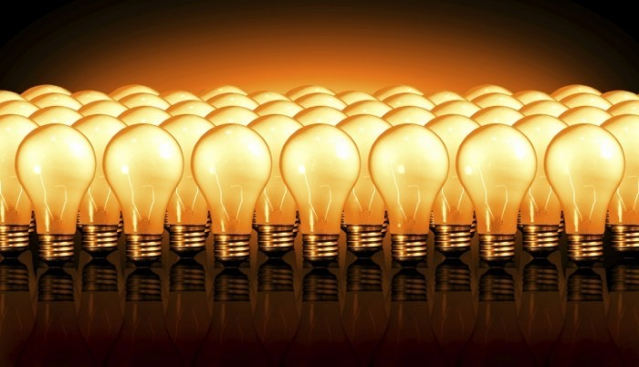 istock 000000810757large 700x402 Горящие лампы   Burning lamps