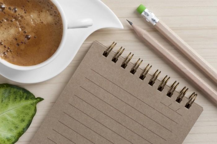 istock 000018046348large 700x465 Блокнот и кофе   Notebook and coffee