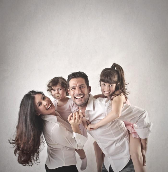 photodune 7434383 700x714 Счастливая семья   Happy family