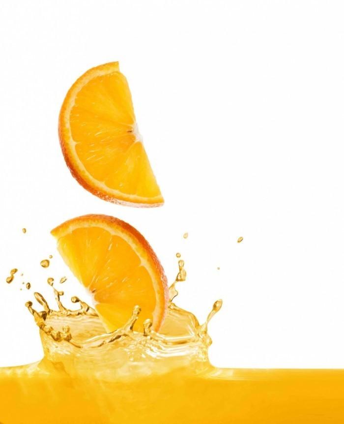 shutterstock 3438067 700x862 Дольки апельсина   Orange segments