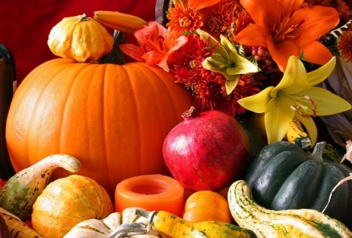 shutterstock 64130299 700x473 Тыква и овощи   Pumpkin and vegetables