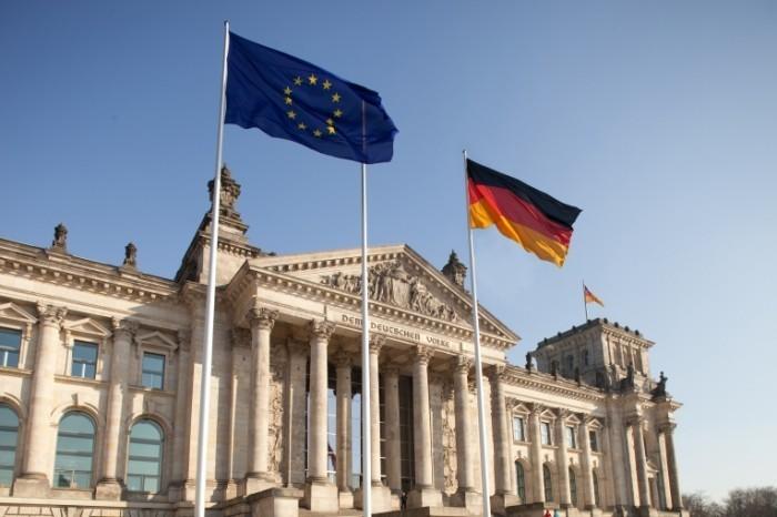 Dollarphotoclub 39974665 700x466 Бундестаг   Bundestag