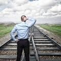 Железная дорога перед мужчиной - Railroad before the man