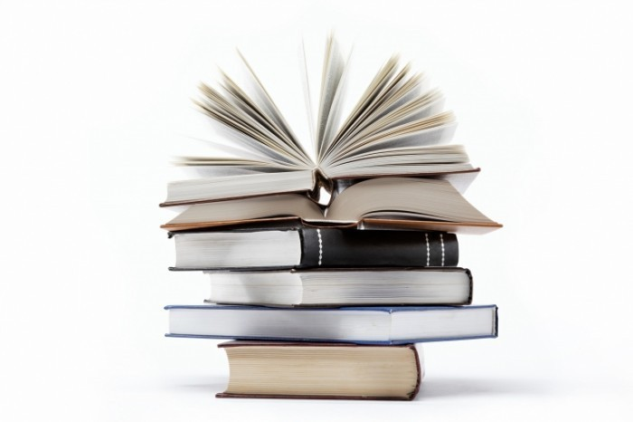fotolia 40470679 l 1 700x466 Архив книг   Archive books