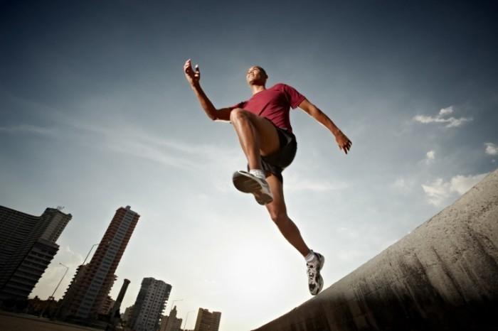 photodune 631207 700x466 Парень в прыжке   Guy in jump