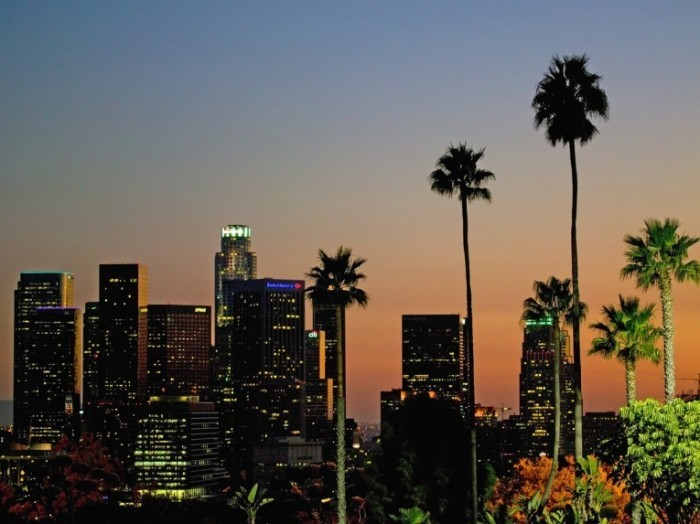20 los angeles 484 million people are expected to visit la this year bringing in 78 billion in visitor spending 700x524 Лос Анджелес   Los Angeles