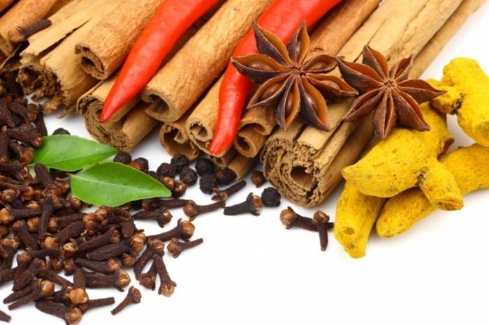 Dollarphotoclub 13183390 700x466 Пряности   Spices