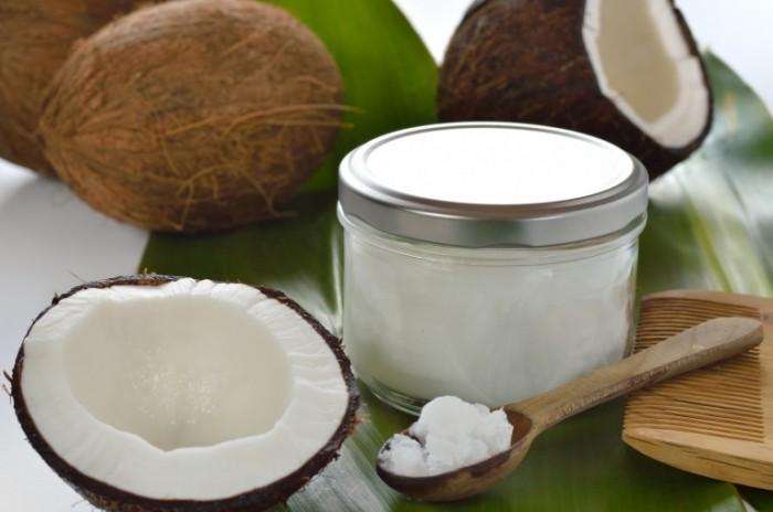 Dollarphotoclub 50327040 700x464 Кокосовое масло   Coconut oil