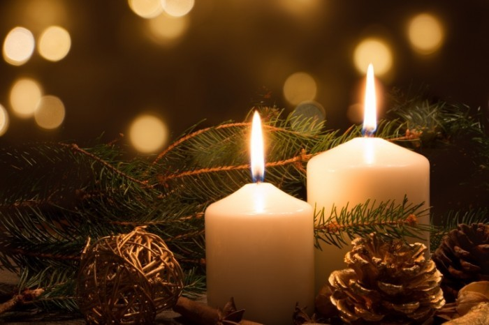 Dollarphotoclub 71125958 700x466 Рождественские свечи   Christmas candles