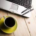Ноутбук и чашка кофе - Laptop and cup of coffee