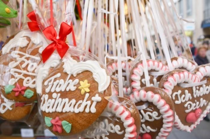 Fotolia 59063688 M 700x466 Рождественские пряники   Christmas gingerbread