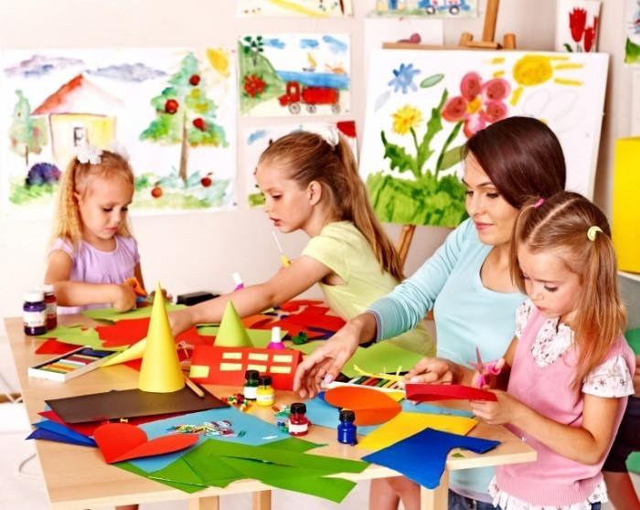 Dollarphotoclub 63552015 2 700x558 Развивающий детский клуб   Developing childrens club