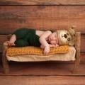 Новорожденный в вязаных вещах - Newborn in knitted things