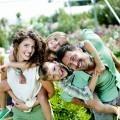 Счастливая семья с детьми - Happy family with children