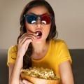 Девушка с попкорном - Girl with popcorn