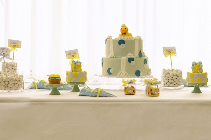 Dollarphotoclub 60771803 700x466 Детские торты   Baby cakes