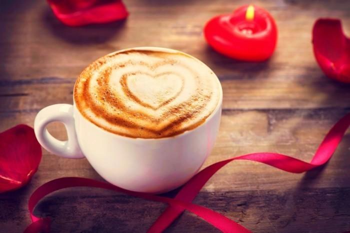 Dollarphotoclub 60946971 700x466 Кофе со свечами   Coffee with candles