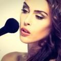 Девушка с кистью для макияжа - Girl with a brush for make-up