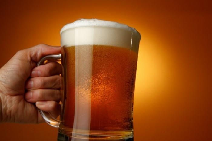 Dollarphotoclub 64479947 700x466 Бокал пива   Glass of beer