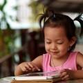 Девочка с планшетом - Girl with tablet