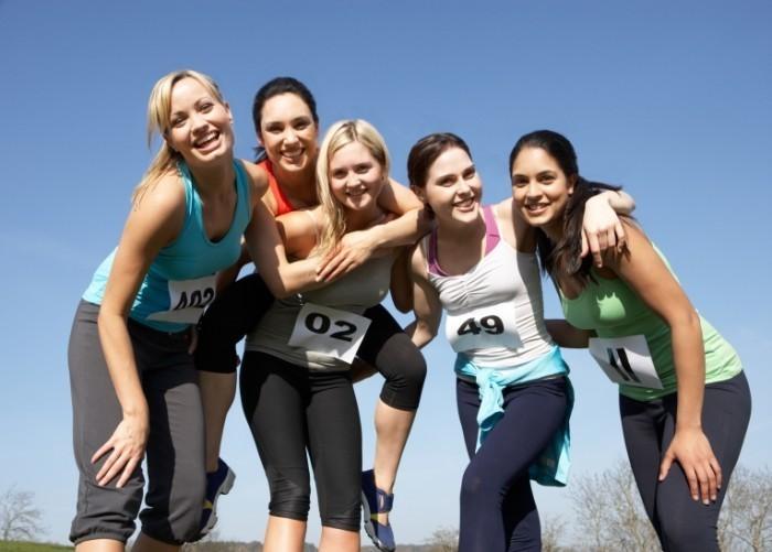dollarphotoclub 55359161 female runners 700x501 Девушки с номерами   Girls with numbers