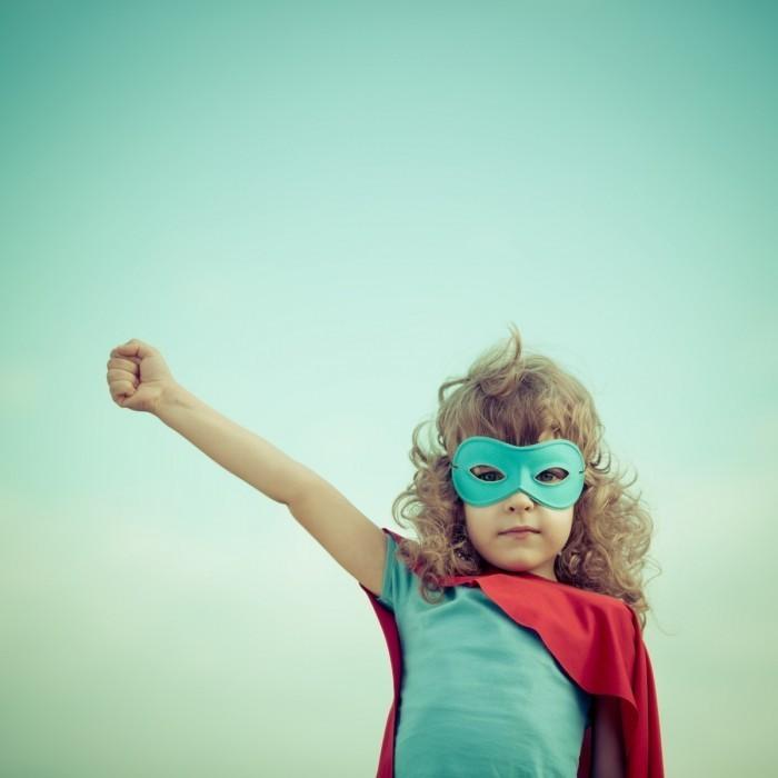 dollarphotoclub 62563801 copy 700x700 Девочка супермен   Girl superman