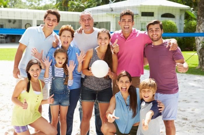 Dollarphotoclub 69143416 700x466 Большая семья   Extended family