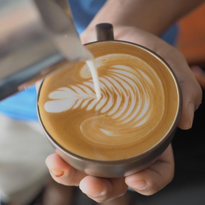 Dollarphotoclub 69265188 700x700 Кофе с пенкой   Coffee with foam