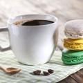Кофе с макарони - Coffee with macaroon