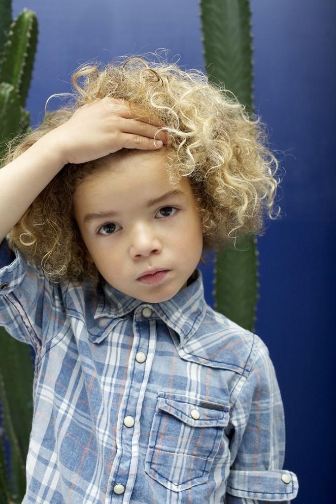 b9197db1ceef83124d3a481f2e1233b4 682x1024 Кучерявый мальчик   Curly boy