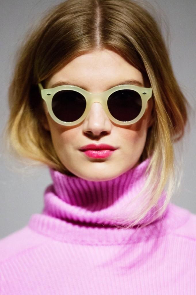 original 681x1024 Девушка в очках   Girl with glasses