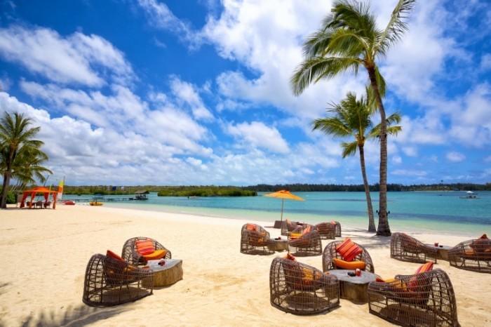 Mauritius island Shutterstock 700x466 Острова   Islands