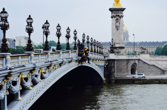 love the bridges in paris 700x463 Мост   Bridge