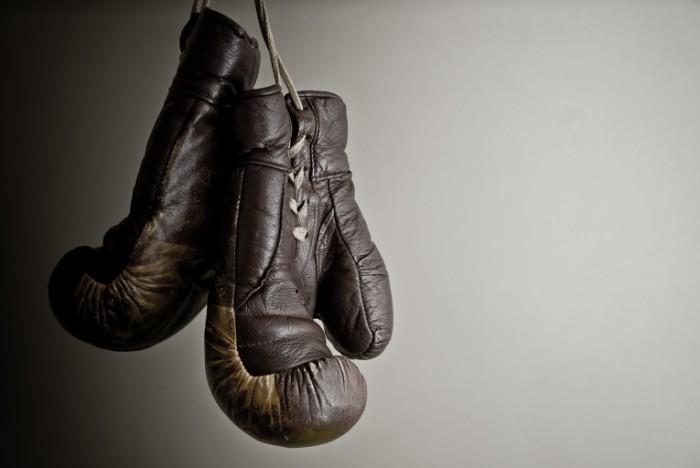shutterstock 96531118 700x468 Боксерские перчатки   Boxing gloves