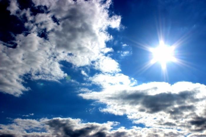 tumblr static img 1044 700x466 Солнце в тучах   Sun in the clouds