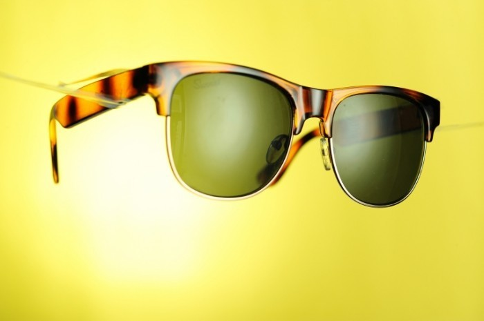 y4 2 700x465 Солнцезащитные очки   Sunglasses
