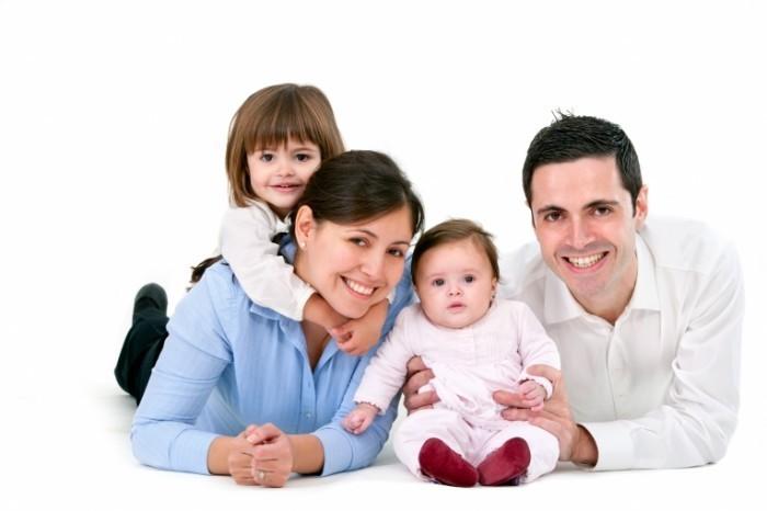 Fotolia 38380651 X 700x466 Семья   Family