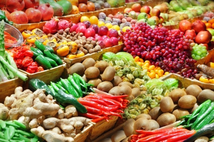 Fotolia 44925790 Subscription Monthly M 700x465 Фрукты и овощи   Fruits and vegetables