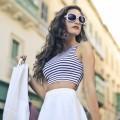 Девушка в солнцезащитных очках - Girl in sunglasses