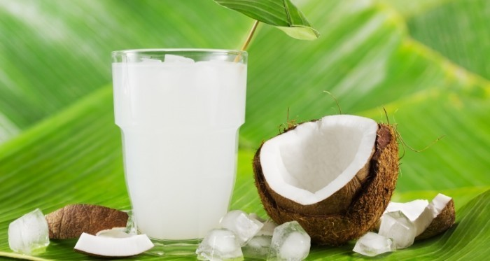 INBV Coconut Water shutterstock 2 e1429974436235 700x373 Кокосовое молоко   Coconut milk