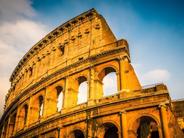 Web shutterstock 111179357 700x524 Колизей   Colosseum